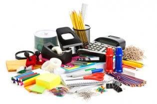 מכשירי כתיבה וציוד משרדי